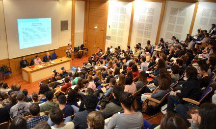 216000 étudiants ont suivi une formation qui prépare aux métiers du numérique en 2015