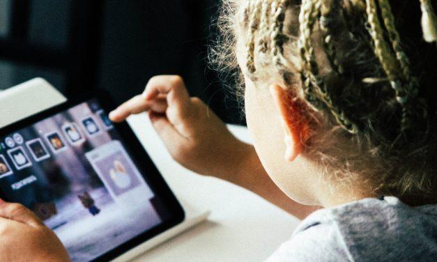 Enfants et numérique : des usages genrés qui s'accroissent avec l'âge